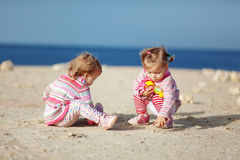 Kind am Strand Lizenzfreie Stockfotografie