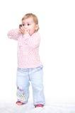 Kind dat telefonisch spreekt Stock Afbeelding