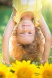 Kind in de lente Stock Afbeelding