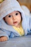 Kind in der blauen Abnutzung Lizenzfreies Stockfoto
