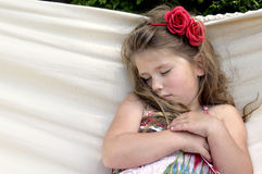 Kind in der Hängematte Lizenzfreie Stockfotos