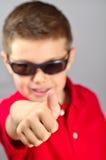 Kind die de duim opheffen Stock Fotografie