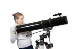 Kind die het Meisje van de Telescoopsterrenkijkerij onderzoeken Stock Foto's