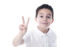 Kind die overwinningsteken tonen Royalty-vrije Stock Afbeeldingen