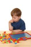 Kind en brieven royalty-vrije stock afbeelding