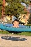 Kind entspannen sich Spielplatz lizenzfreie stockfotos