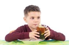 Kind het drinken Royalty-vrije Stock Fotografie