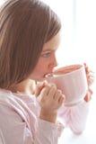 Kind het drinken cacao Stock Foto
