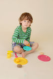Kind het Koken beweert Voedsel Stock Afbeelding
