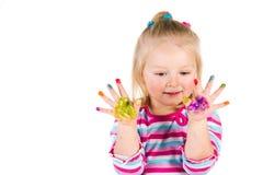 Kind het schilderen met vingers Stock Afbeeldingen