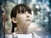 Kind im Dschungel Stockbilder