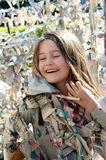 Kind im klebrigen Labyrinth Stockbilder