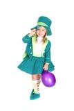 Kind im Kostümkobold, St Patrick Tag Lizenzfreie Stockfotos