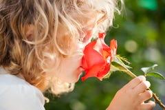Kind met bloem Royalty-vrije Stock Fotografie