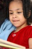 Kind met boek Royalty-vrije Stock Foto's