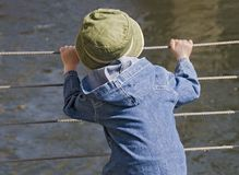Kind met hoed stock afbeeldingen