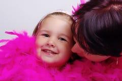 Kind met moeder Stock Afbeelding