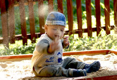Kind met zand Royalty-vrije Stock Foto