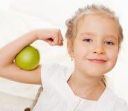 Kind mit Äpfeln Lizenzfreies Stockbild