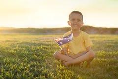 Kind mit australischer Flagge Lizenzfreies Stockfoto