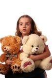 Kind mit Bären lizenzfreie stockfotografie