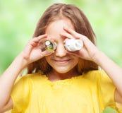 Kind mit Birnen Lizenzfreies Stockfoto