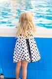 Kind mit dem blonden langen Haar Lizenzfreies Stockfoto