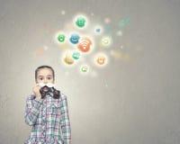 Kind mit dem Schnurrbart Lizenzfreies Stockfoto