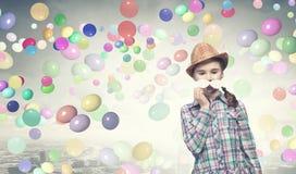 Kind mit dem Schnurrbart Lizenzfreie Stockfotografie