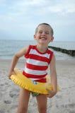 Kind mit Rettungsgürtel Lizenzfreie Stockfotos