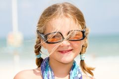 Kind mit Sonnenbrillen Lizenzfreies Stockbild