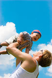 Kind oben werfen Stockfotos