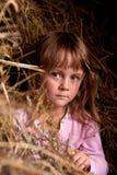Kind in platteland Stock Afbeeldingen