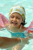 Kind in pool Royalty-vrije Stock Foto's