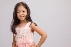 Kind in Prinzessin Dress, auf Weiß Lizenzfreies Stockfoto