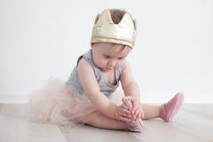 Kind in Prinzessinkostüm Lizenzfreies Stockfoto