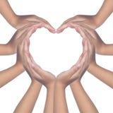 Kind-` s übergibt die Herstellung eines geformten Herzens Lizenzfreies Stockfoto