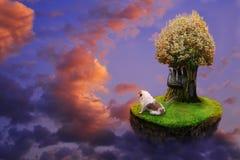 Kind-` s Collage über das Leben von Tieren auf einer Fliegeninsel lizenzfreie stockfotos