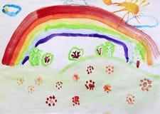 Kind-` s Zeichnung der Reinigung mit Blumenregenbogen und farbigen Büschen Stockfotografie