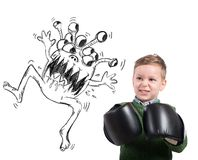 Kind stellt ein Virus gegenüber Stockfoto