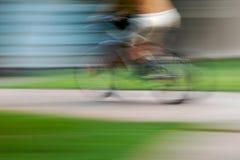 Kind und Fahrrad Stockfotos