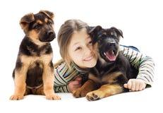 Kind und Welpe lizenzfreie stockfotos