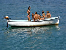 Kinder auf Boot Lizenzfreies Stockbild