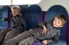 Kinder auf dem Bus Lizenzfreies Stockbild