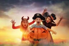Kinder auf Halloween Lizenzfreies Stockfoto
