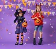 Kinder bei Halloween Lizenzfreies Stockbild