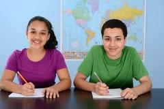 Kinder an der Schule stockfoto