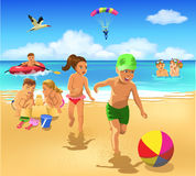 Kinder, die auf dem Strand spielen stock abbildung