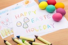 Kinder, die für Ostern-Feiertag zeichnen Lizenzfreie Stockfotografie