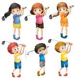 Kinder, die Golf spielen lizenzfreie abbildung